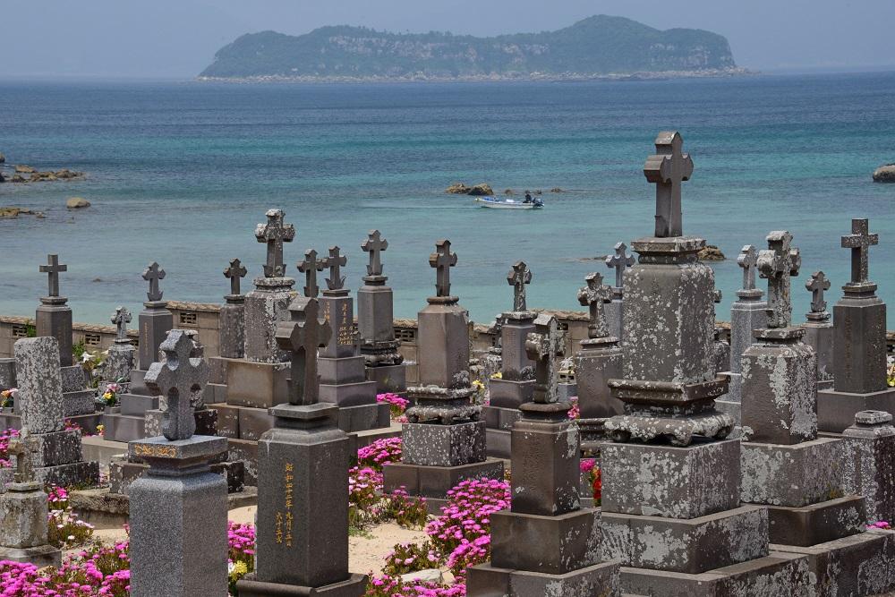 12_カトリックに復帰した人々の墓地_池田勉撮影