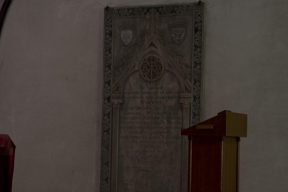 04_大浦天主堂に眠るプティジャン神父